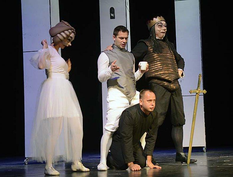 Mladen Kovačić (Hamlet): Zloba se nikad ne isplati!