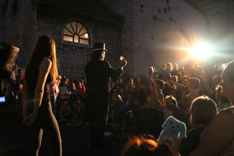 Casper na Dobriću: Norci na pozornici!